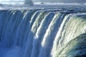niagara-falls-tour-from-toronto-including-wine-tasting-in-toronto-203510